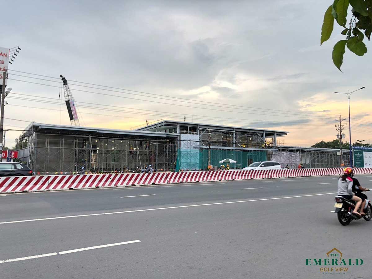 Công trường thi công Khu nhà mẫu Dự án The Emerald Golf View Thuận An Bình Dương